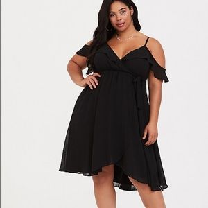 New torrid black wrap dress with sleeves